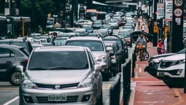 Implementación de datos biométricos para proteger la emisión de licencias de conducir