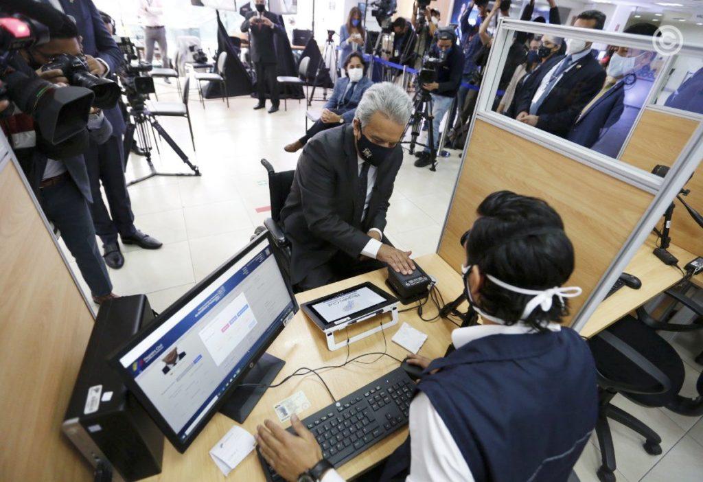 ecuador-biometric-passport-innovatrics