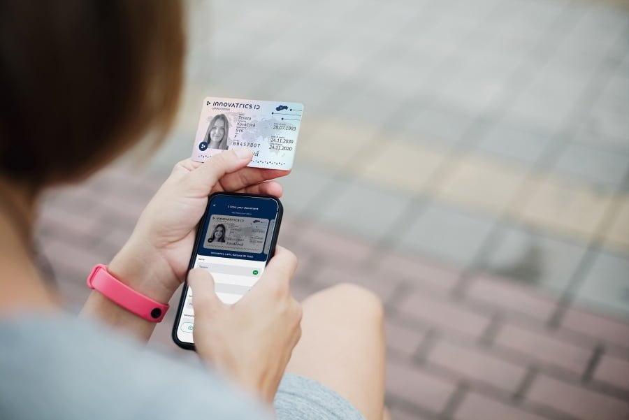 Digital onboarding ID card photo
